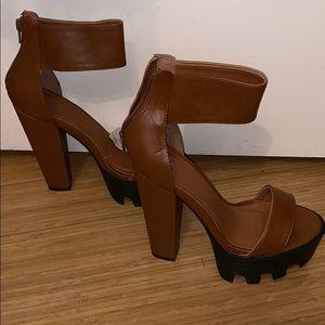 Wild diva platform bulky ankle heels